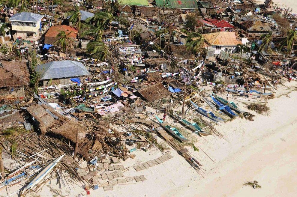 Filippine: allerta per tifone a Natale