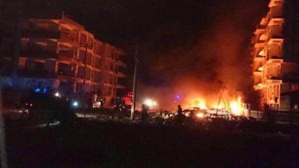 Turchia attentato oggi a sanliurfa morto un bambino for Cronaca galatina oggi