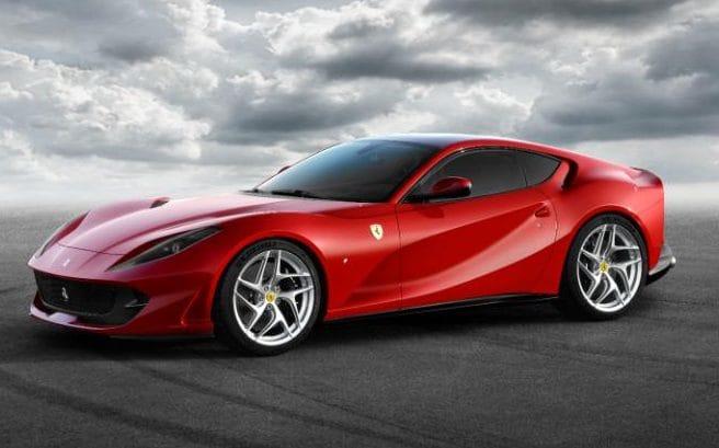 Ferrari 812 Superfast, 800 CV in mostra a Ginevra