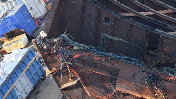 Incidente sul relitto della Concordia, ferito un operaio