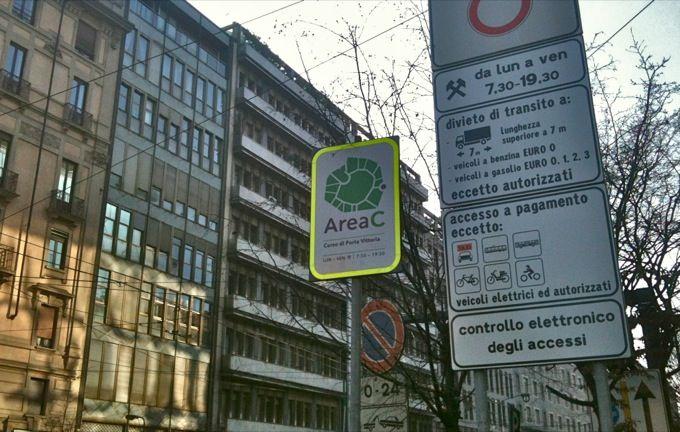 Smog: Milano, ticket accesso anche gpl