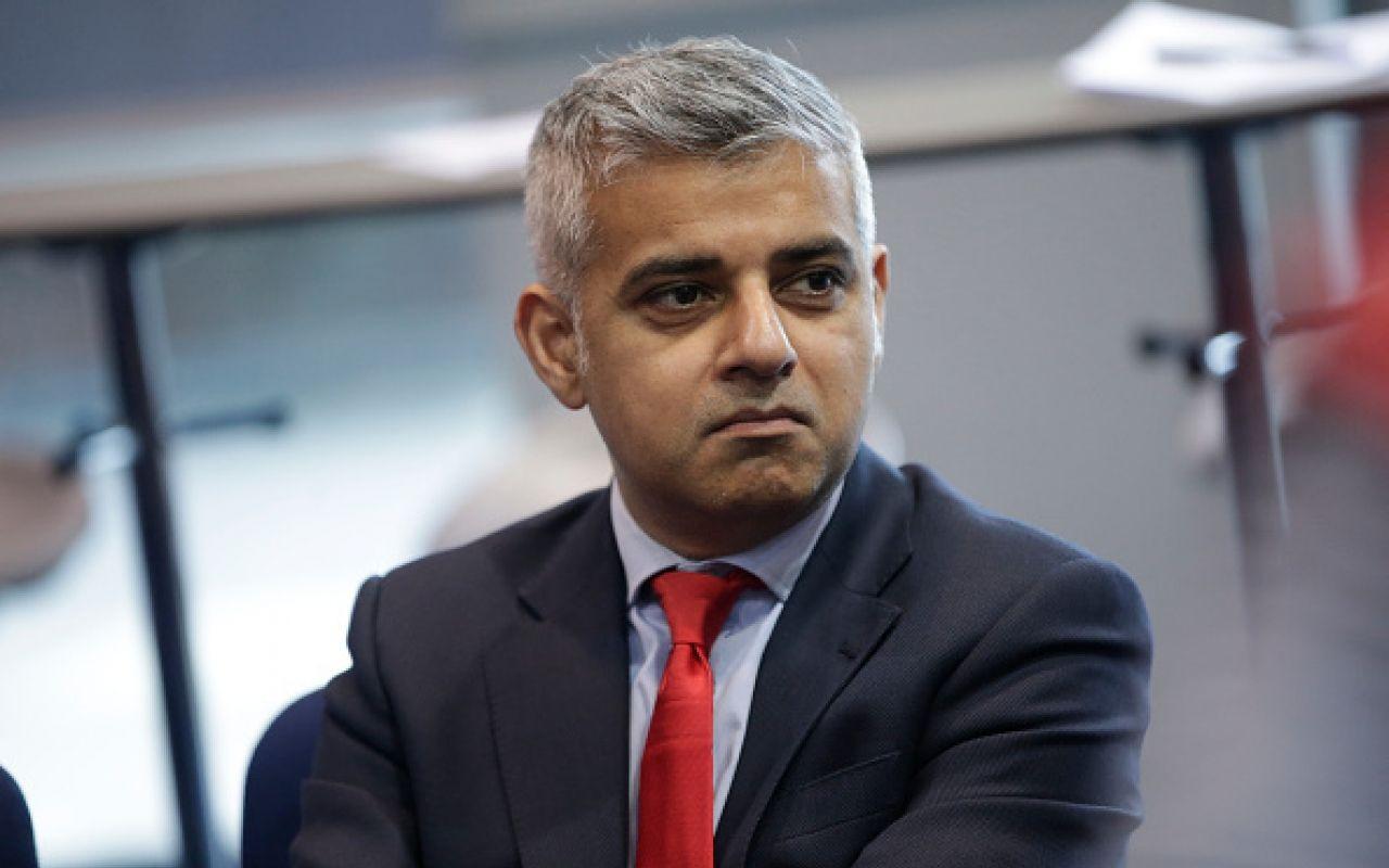 Il sindaco di Londra Khan: